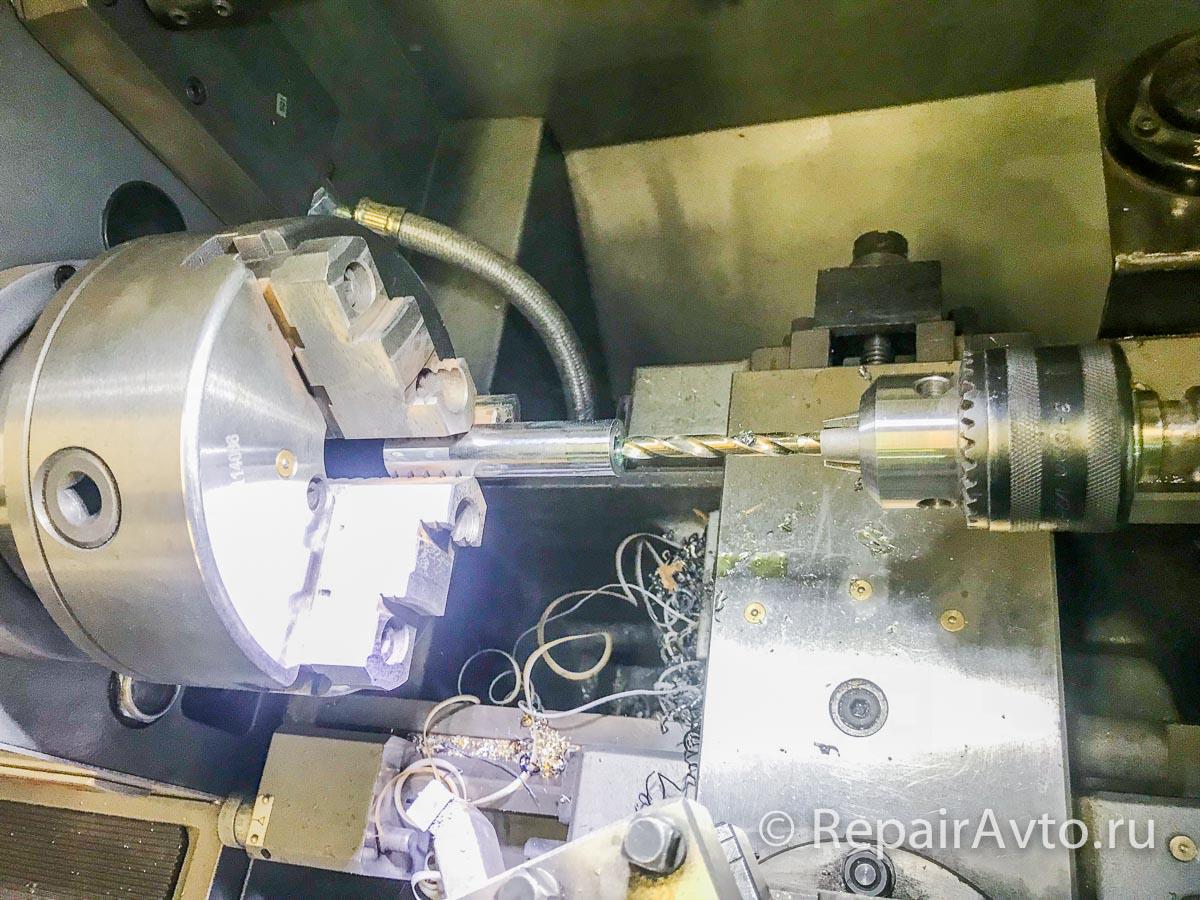 Изготовление втулки крепления кронштейна рамы A4603170253