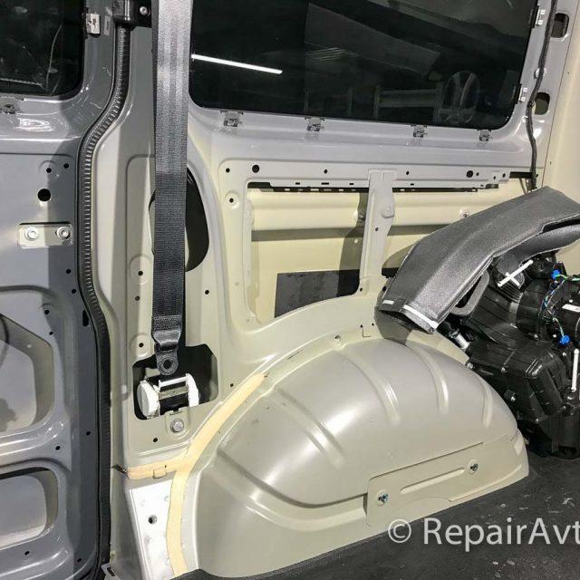 Утепление салона Volkswagen Caravelle