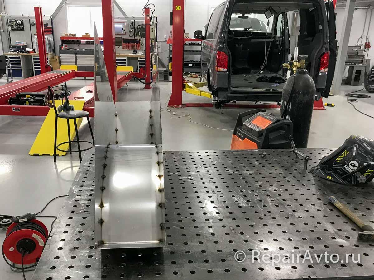 Изготовление и установка баков для воды на кемпер VW Caravelle